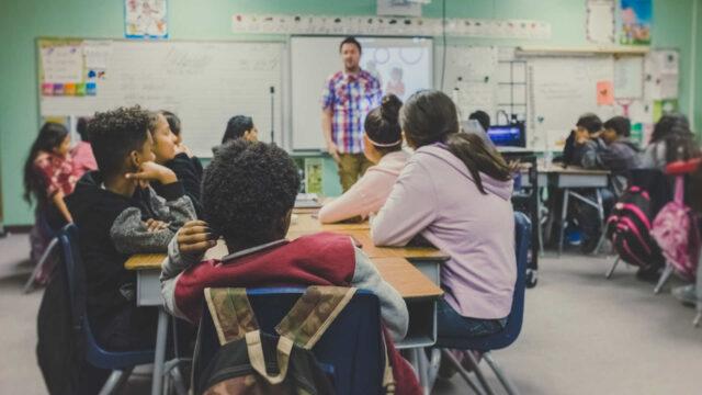 https://workinmind.org/wp-content/uploads/2018/08/Education-classroom-design-1-640x360.jpg