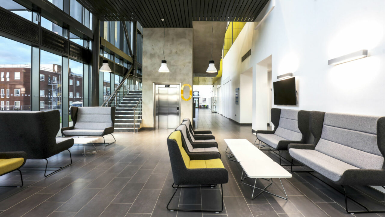 https://workinmind.org/wp-content/uploads/2019/01/interiors-at-the-airc-cranfield-university-designed-by-cpmg-architects-1280x720.jpg