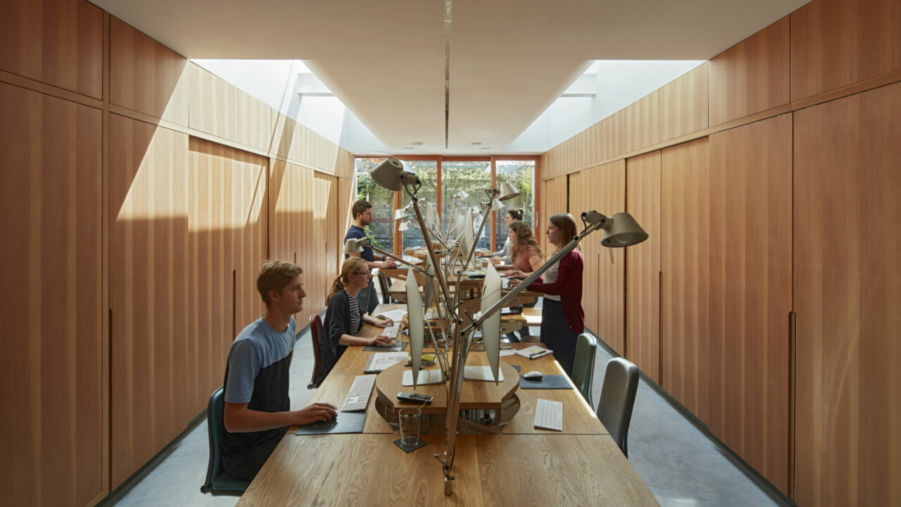 https://workinmind.org/wp-content/uploads/2019/03/healthy-working-spaces-a-case-study-from-peckham-london-1280x720.jpg