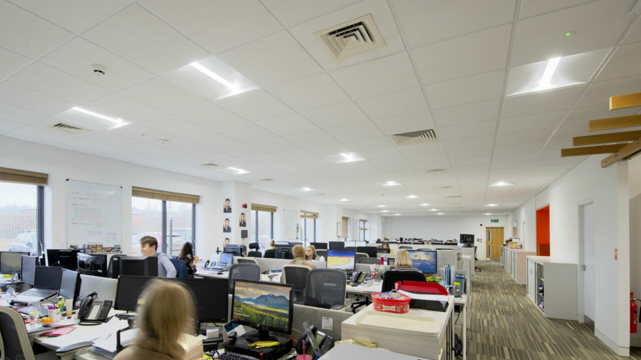 https://workinmind.org/wp-content/uploads/2019/03/lighting-for-wellbeing-lighting-project-for-insurance-company-puts-staff-first-1-1280x720.jpg