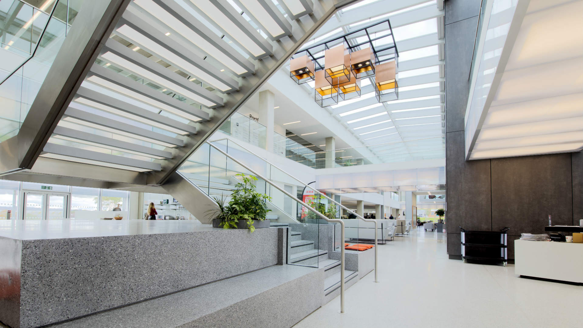 Cef Embraces Innovative Lighting In New