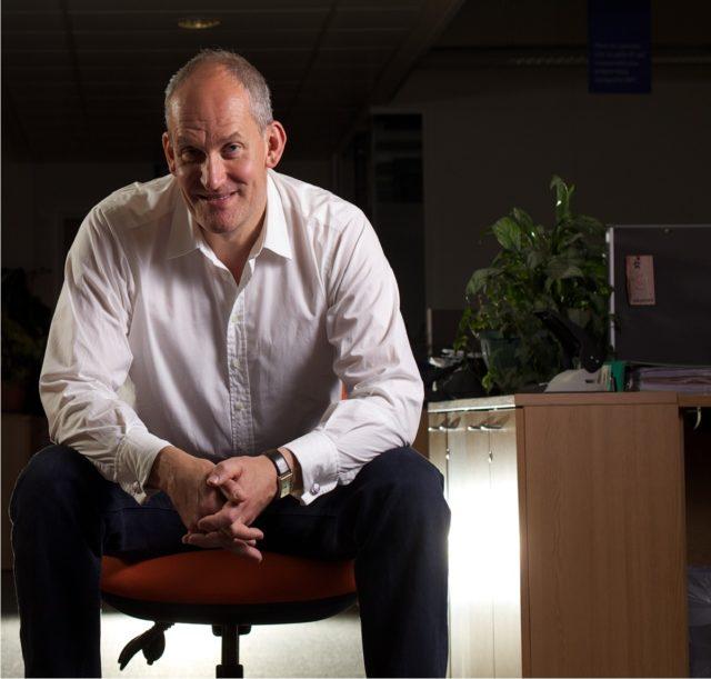 Dr Craig Knight