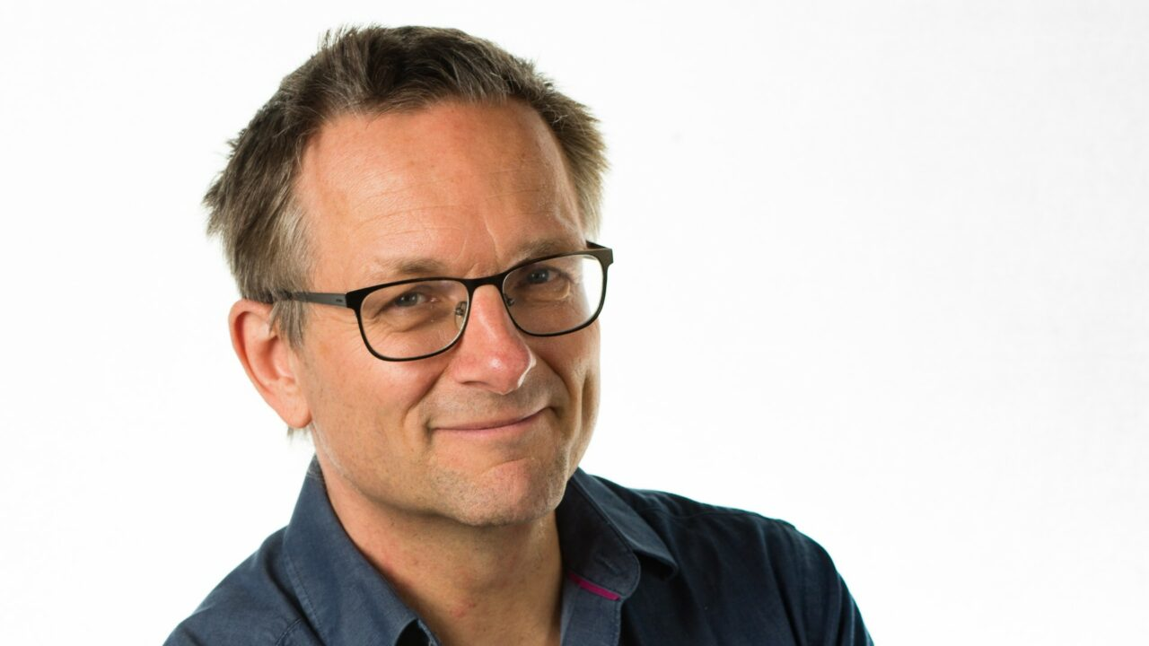 https://workinmind.org/wp-content/uploads/2020/09/dr-michael-mosley-shift-work-can-be-deadly-1280x720.jpg