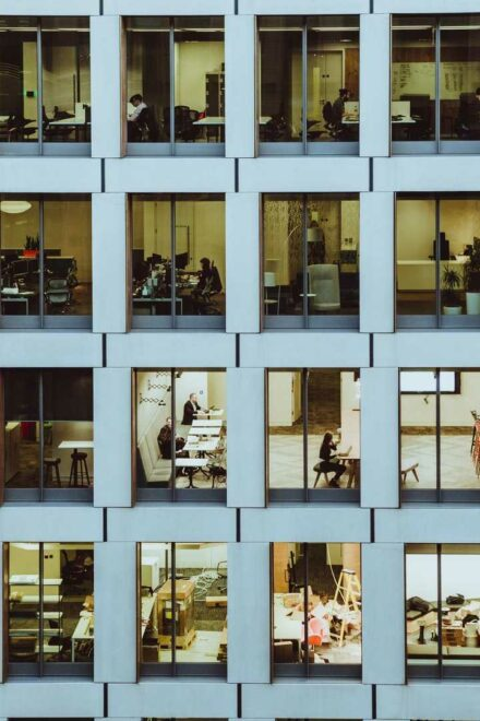 35% of companies plan to downsize office space in 2021 – says new survey